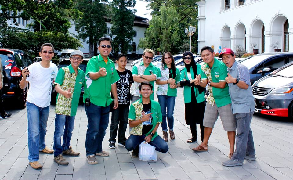 Hofos HCB Bersama IAS Kopdar Wisata Gedung Sate